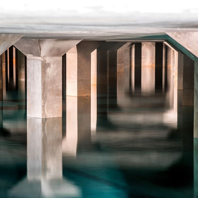 The tunnel houses the exceptionally high-quality, cool mountain water that later flows out of the taps in Innsbruck.  © IKB
