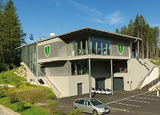Olympia-Golf-Igls-Clubhaus.jpg