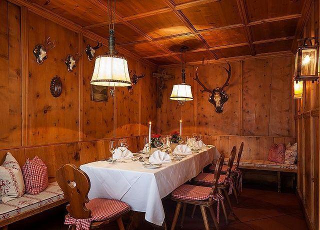 Hotel-SailerRestaurant.jpg