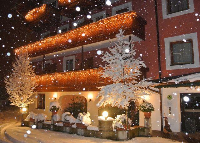Gasthof-zum-Stollhofer-im-Winter.jpg