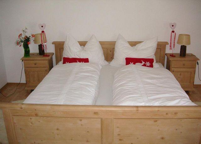 Schlafzimmer-01.jpg