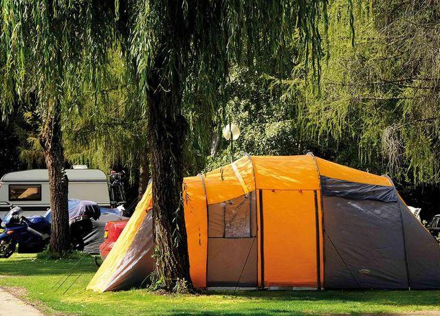 Zelt-am-Campingplatz-Natterer-See.jpg