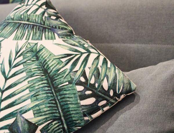 gemuetliche-Couch.jpg