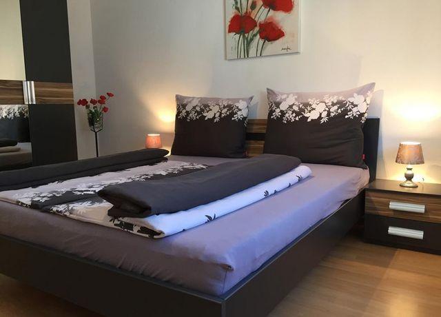Doppelbettzimmer-in-der-Ferienwohnung-Barometer.jpg