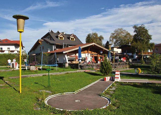 Minigolfplatz-Birgitz.jpg