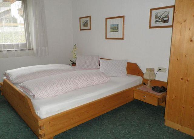 Brandnerhof-Zimmer.jpg