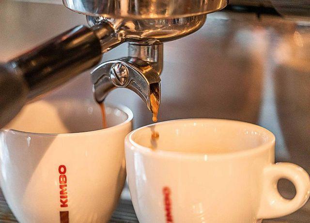 Kaffe-im-Luna-Rossa.jpg