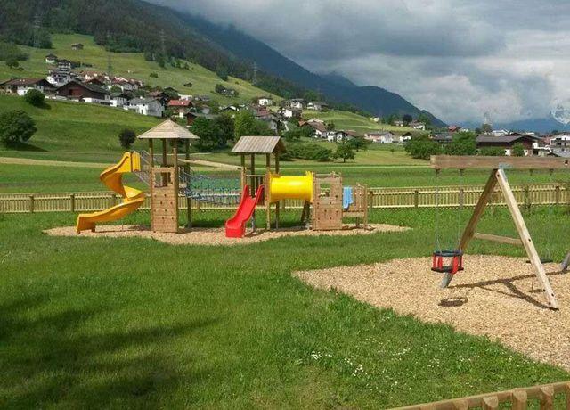 Erlebnisspielplatz-am-Buergl.jpg