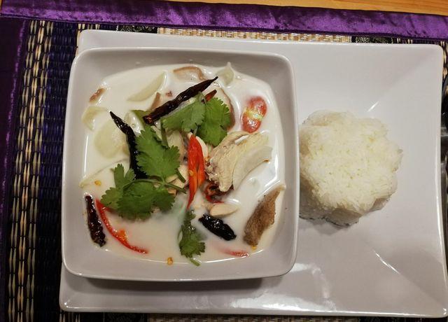 Thailaendische-Speise.jpg