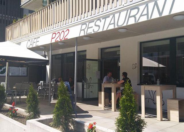 P-202-Restaurant-Caf.jpg
