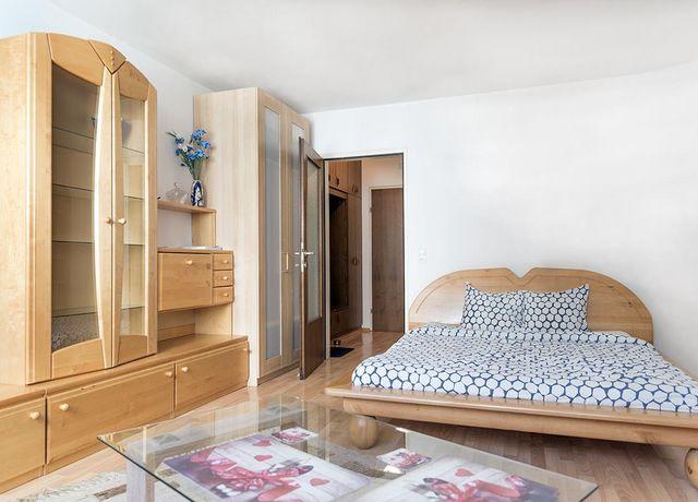 Stadtoase-Innsbruck-Schlafzimmer.jpg