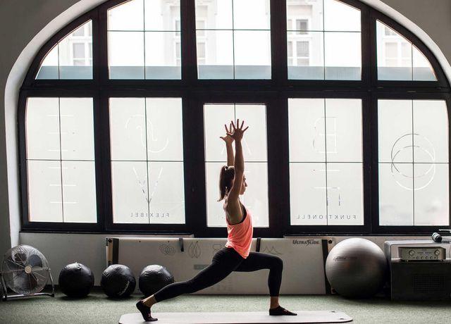 Yoga-im-Basefive.jpg