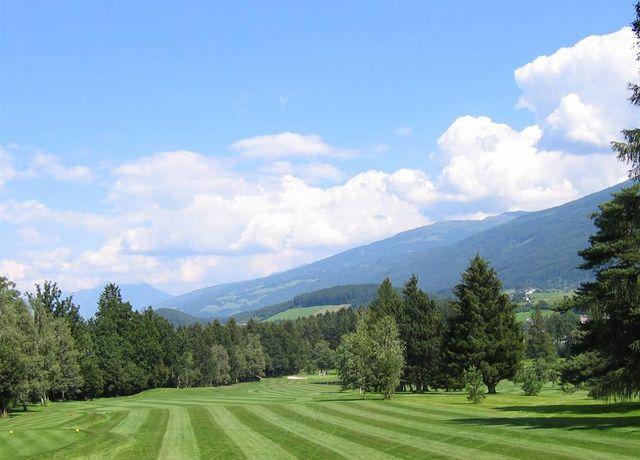 Golfplatz-Lans2.jpg