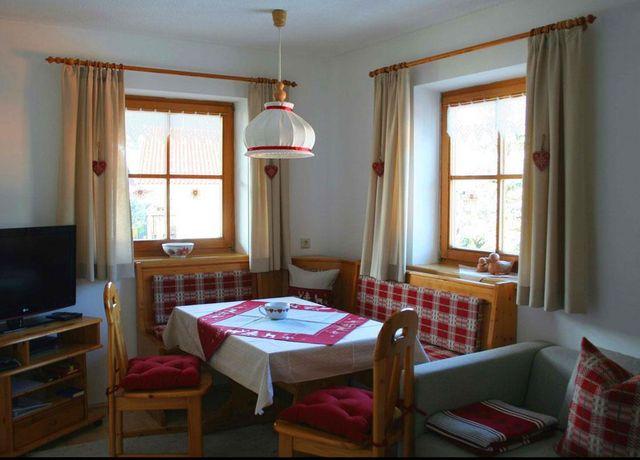 FW-Spiegl-Agnes-Wohnzimmer.jpg