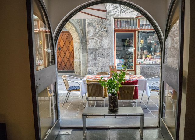 Restaurant-dengg-Terasse.jpg