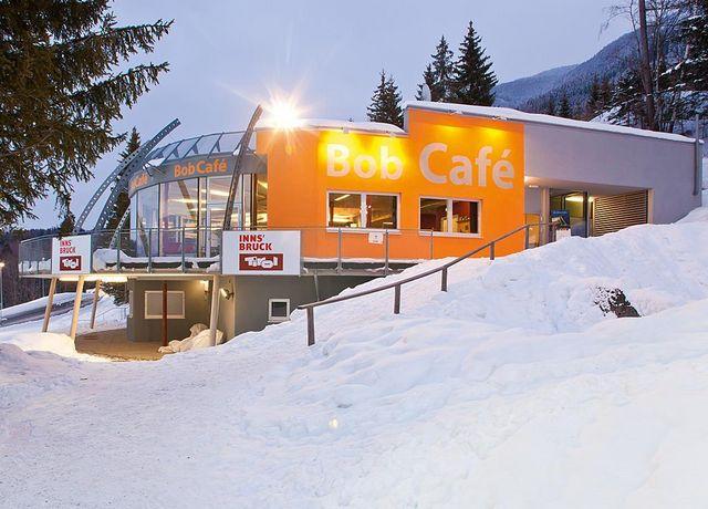 Bob-Caf-K14-Winter.jpg