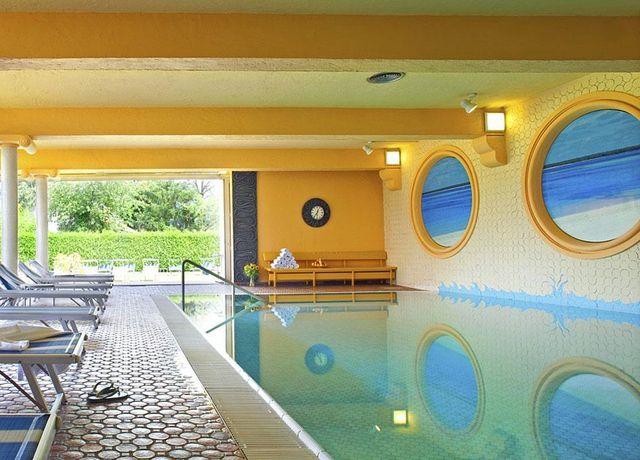 20-Meter-Pool.jpg