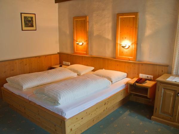 Hotel-Munde-Bsp-Doppelzimmer.jpg