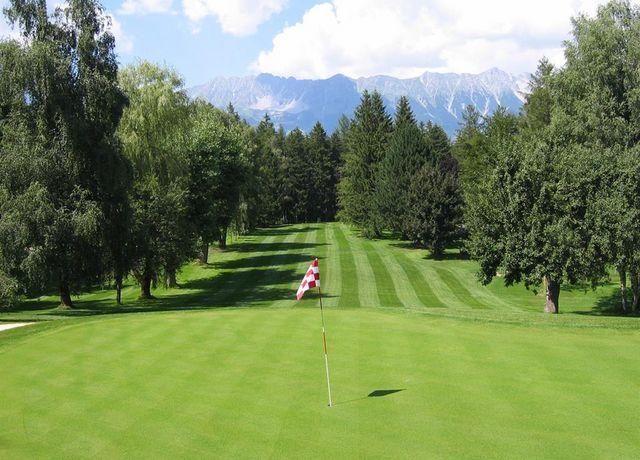Golfbahn-Lans.jpg