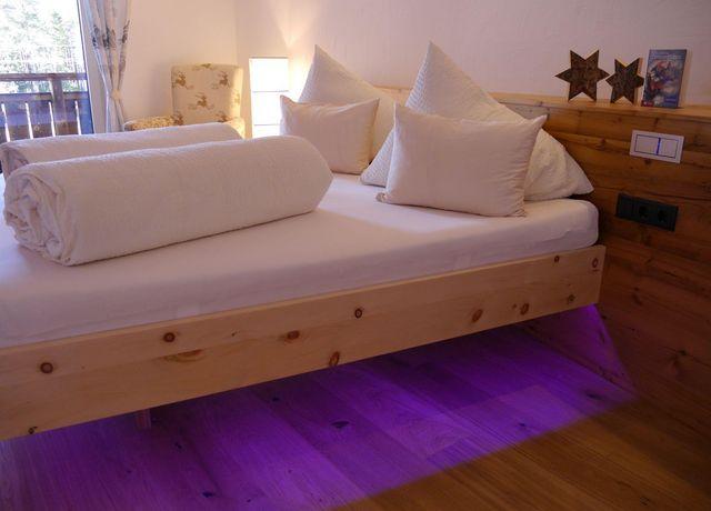Schlafzimmer-Zirbenduft.jpg