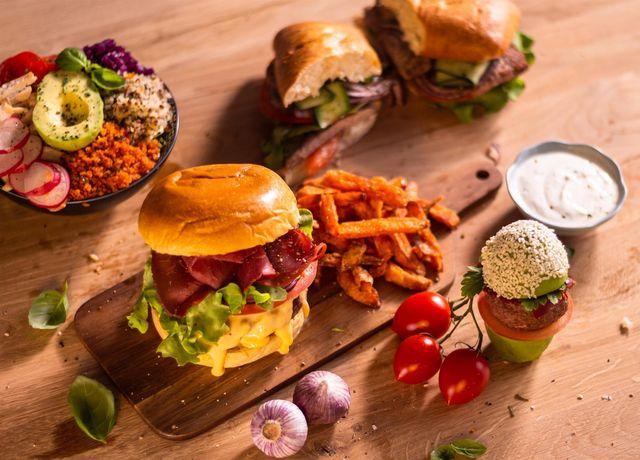Kitchen-Hub-meal.jpg