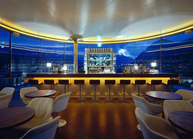 360-Bar-Innenbereich.jpg