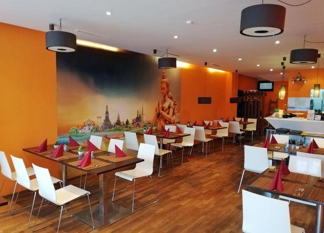 Restaurant-Oums.jpg