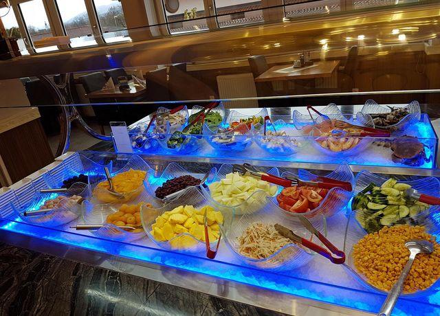 Buffetbereich-im-China-Restaurant-Bai-Yun.jpg