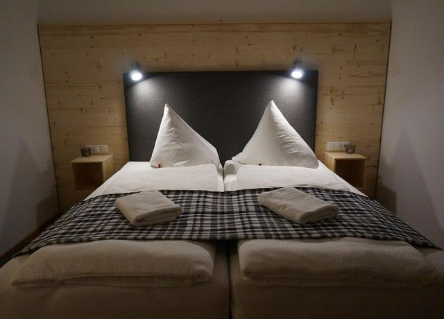 Schlafzimmer-3.jpg