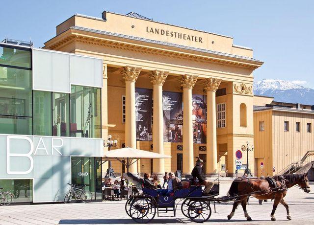 Tiroler-Landestheater.jpg