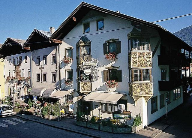 Hotel-Loewen-Telfs.jpg