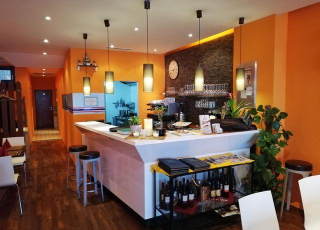 Thai-Restaurant.jpg