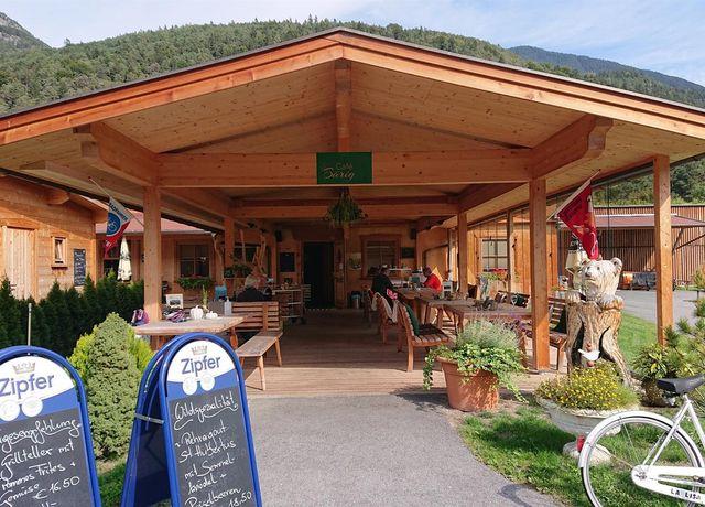 Cafe-Baerig.jpg
