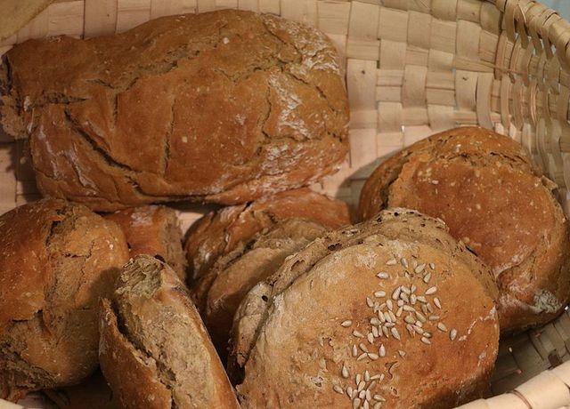 selbstgebackenes-Brot.jpg