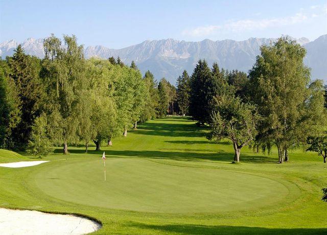 Golfplatz-Lans.jpg