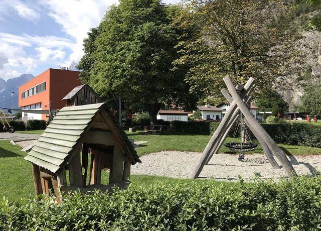 Kinderspielplatz-in-Pettnau.jpg