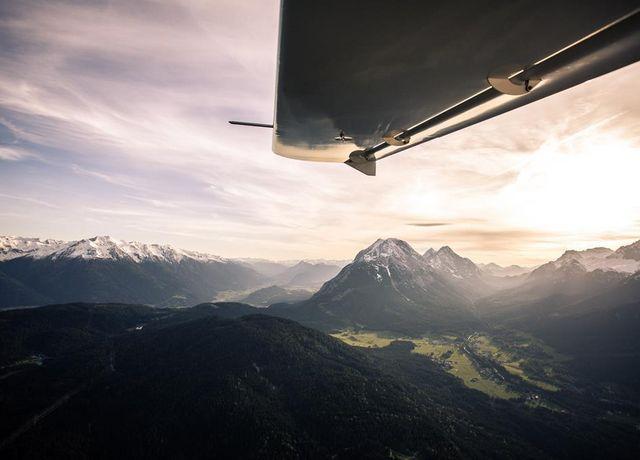 FBT-Flight-Service-2.jpg