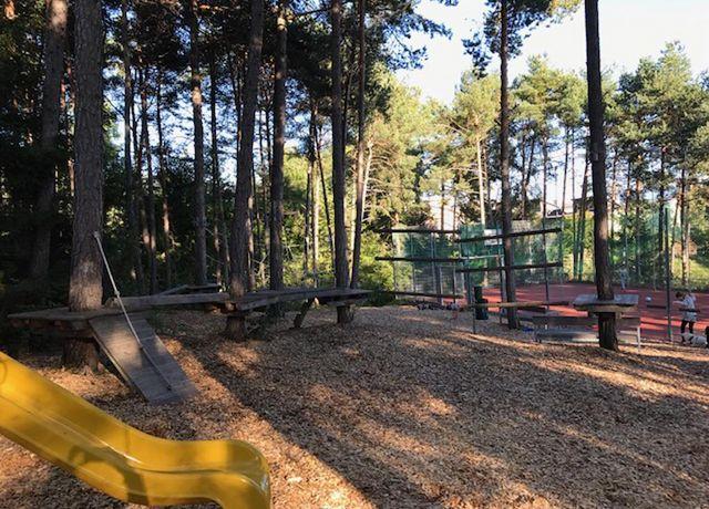 Kinderspielplatz-in-der-Sonnensiedlung.jpg