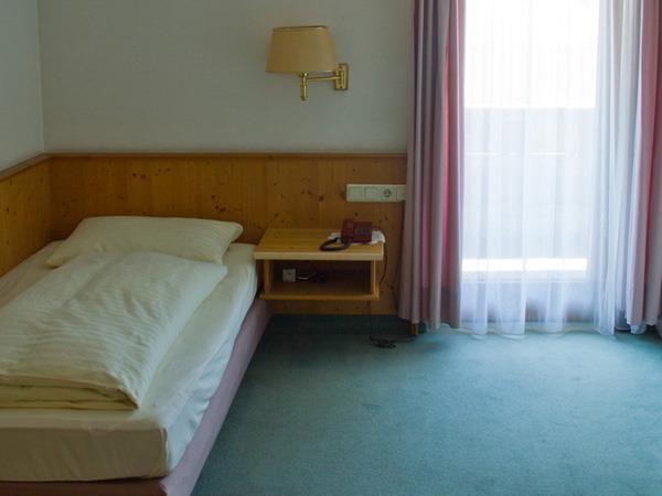 Hotel-Munde-Bsp-Einzelzimmer.jpg