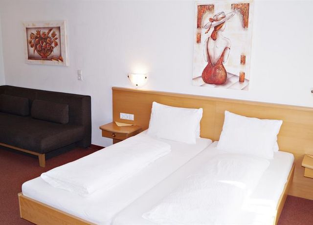 Beispiel-Dreibettzimmer.jpg