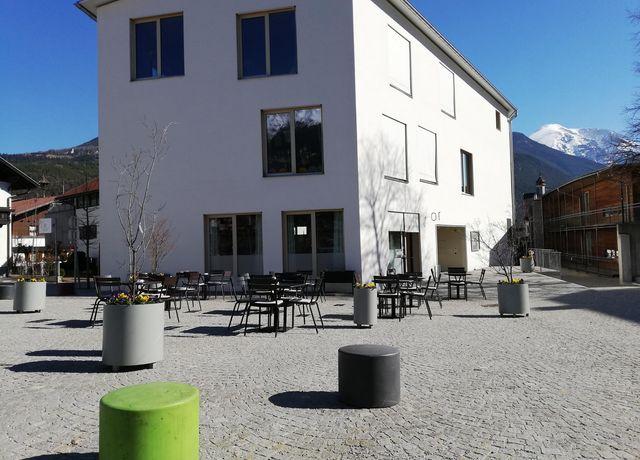 s10er-Kaffeehaus-Sonnenterrasse.jpg