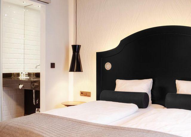 HotelGrauerBaerInnsbruckEinzelzimmer2.jpg