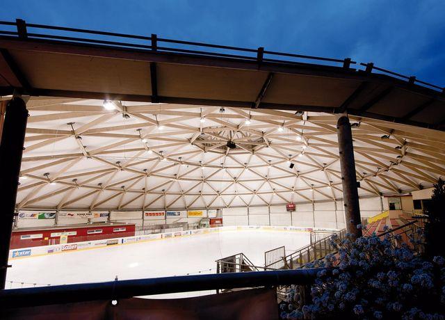 Eishalle-Telfs.jpg