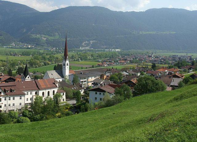 Ortsansicht-Pfaffenhofen.jpg