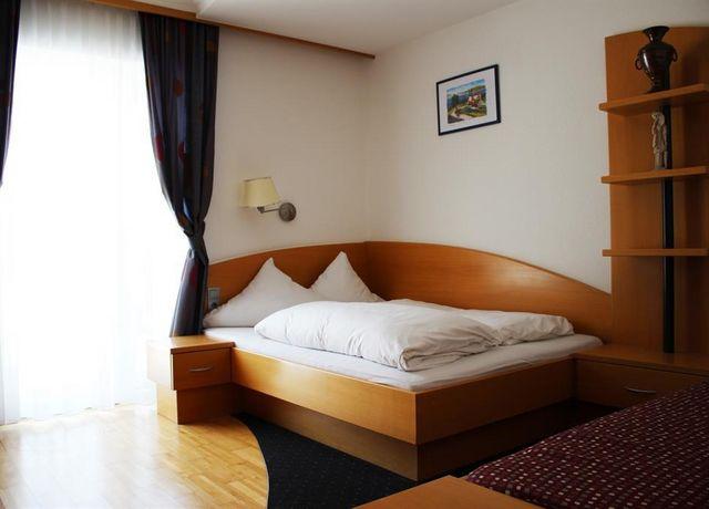 Doppelbett-Residenz-Bergblick.jpg