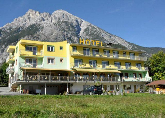 Hotel-Martina.jpg