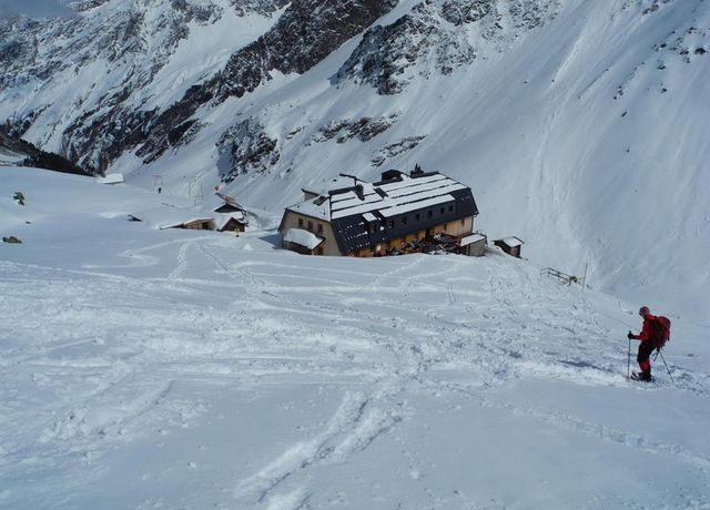 Skitourenstuetzpunkt-Westfalenhaus.jpg