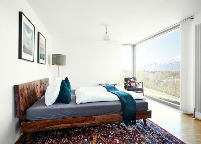 Schlafzimmer-min.jpg