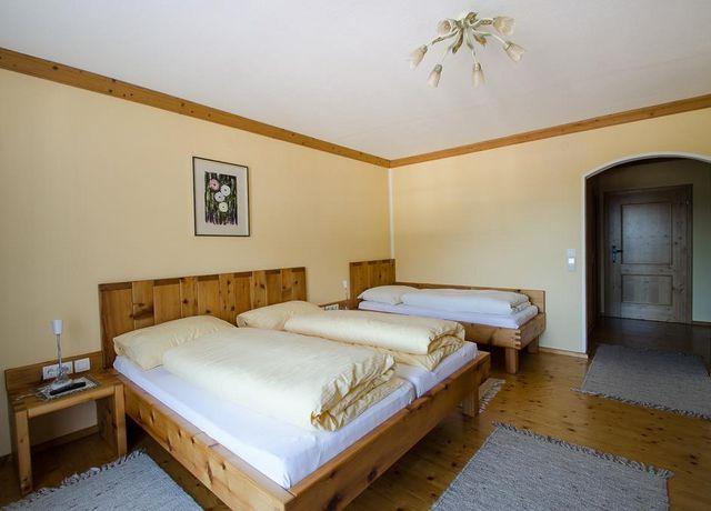 Doppelzimmer-zur-Alleinbenuetzung.jpg