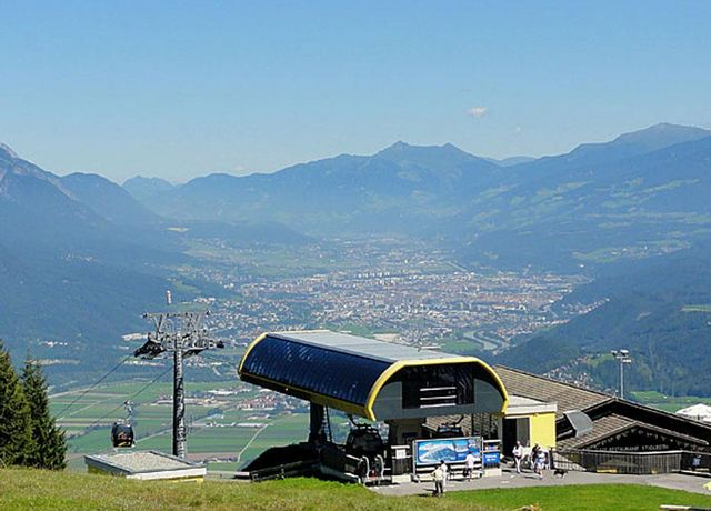 Bergbahn-Oberperfuss-Sommer.jpg